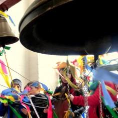 Зачем нужно звонить в колокола на Пасху
